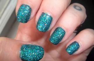 glittered nails 1